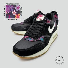 #airmax #printpremium #gs #sneakerbaas #baasbovenbaas  Nike Air Max 1 Print Premium ( Gs )- Nike did surprise us with a fresh colorway, just like the Aloha Pack that where released at Sneakerbaas. The floral accents are smoothly placed on the heel tab and around the eyelets.  Now online available | Priced at 139.95 EU | Wmns Sizes 35.5 - 44 EU