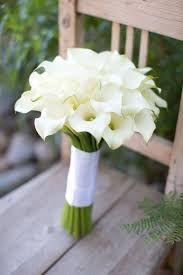 Risultati immagini per bouquet matrimonio calle