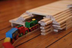 kapla-voorbeelden-tunnel Games For Kids, Diy For Kids, Activities For Kids, Diy Games, Brio, Activity Games, Plank, Playroom, Toys