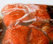 The best marinade recipe for salmon (Soy and brown sugar)! - best marinade recipe for salmon! Crockpot Steak Recipes, Grilled Steak Recipes, Meat Recipes, Chicken Recipes, Cooking Recipes, Healthy Recipes, Grilled Steaks, Tilapia Fish Recipes, Easy Fish Recipes