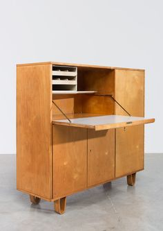 Cees Braakman CB01 from the Combex series Pastoe 1950 | 20th century Modern online gallery. Featuring a large and varied selection of quality vintage pieces | Shipping worldwide | http://www.furniture-love.com/furniture/