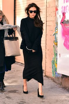 Victoria Beckham en total black
