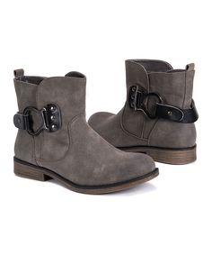 UGG Australia Women's Noira Brownstone Leather Boot 7 M US
