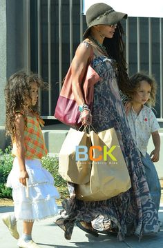 Lisa Bonet and her 2 children with husband Jason Mamoa, Lola (b2007) and Nakoa (b2008) (2013)
