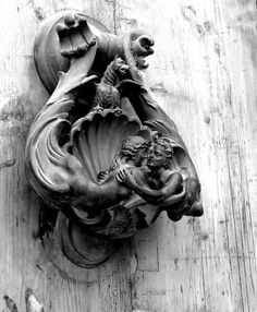 Door knocker...one of the prettiest and most elaborate I've come across.