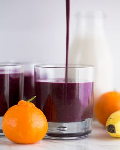 Antioxidant Rich Blueberry Smoothie by natashaskitchen #Smoothie #Blueberry #Healthy