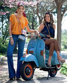 Helena Bordon na scooter. Life Style.