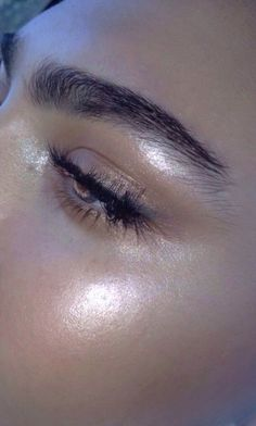 BROW INSPIRATION : BROW APPROVED 14