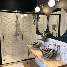 30 Quick and Easy Bathroom Decorating Ideas Bathroom Flooring, Bathroom Furniture, Bathroom Interior, Bathroom Inspo, Bathroom Styling, Wc Bathroom, Bathroom Goals, Casa Top, Sweet Home