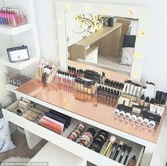 49 Ideas Makeup Vanity Organization Beauty Room Desks For 2019 Rangement Makeup, Make Up Storage, Smart Storage, Garage Storage, Diy Storage, Storage Boxes, Wardrobe Storage, Storage Area, Office Storage