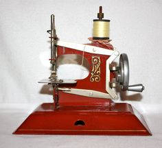 Vintage Hand Crank Sewing Machine Toy Red by gifthorsevintage, $175.00
