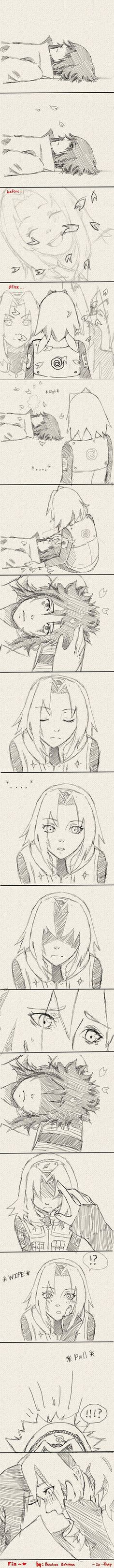 No fundo .. mas bem no fundo do coração o Sasuke sente falta da Sakura do Naruto de tudo ....