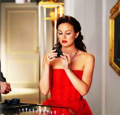 Blair Waldorf, Gossip Girl, XOXO via Breakfast at Yurmans Gossip Girls, Moda Gossip Girl, Estilo Gossip Girl, Gossip Girl Fashion, Uni Fashion, Film Fashion, Fashion Online, Vanessa Abrams, Dan Humphrey