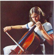 Elgar - His Music : Cello Concerto - Jacqueline du Pré: The concerto's consummate interpreter?