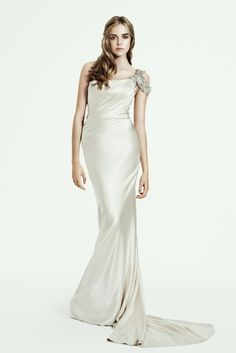 Hollee - Bridal Couture Wedding Dress Collection by Pallas Couture http://thebridaldress.blogspot.com/