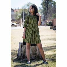 Shirt dress made from a most high quality and uniquely printed South African Printed fabric called Shweshwe . Please check size chart below to see which size matches your measurements. Or you can your order with your measurements so that your dress will be made specifically for you! SIZE