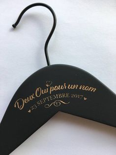 Robe de mariage : Hanger wedding – personalized hanger – two Yes for a name – woodblock – engraving back optional Perfect Wedding, Dream Wedding, Wedding Day, Wedding Dress, Wedding Reception Food, Wedding Hangers, Wooden Hangers, Wedding In The Woods, Present Gift