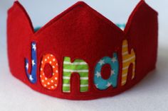 felt birthday crown -- Lincoln wants a crown so everyone knows he's the king