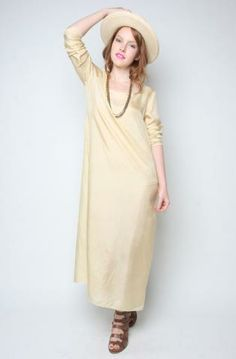 Ahhh, love this look so much! Definitely a great festival or beach babe look.  100% Silk dress // $64 -Colleen-