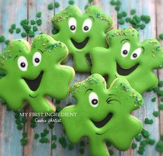 Patrick's Day Cookies to bless your family with good luck - Hike n Dip - Welcome to our website, We hope you are satisfied with the content we offer. St Patrick's Day Cookies, Fancy Cookies, Iced Cookies, Cute Cookies, Easter Cookies, Holiday Cookies, Cupcake Cookies, Sugar Cookies, Cupcakes