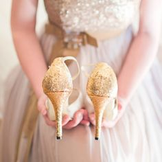 Inspiration for a gold and plum winter wedding (picture by Rensche Mari).