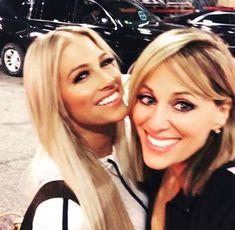 Kelly Kelly & Lillian Garcia Lilian Garcia, Professional Wrestling, Wwe, Evolution, Most Beautiful, Sexy Women, Barbie, Lady, Barbie Dolls