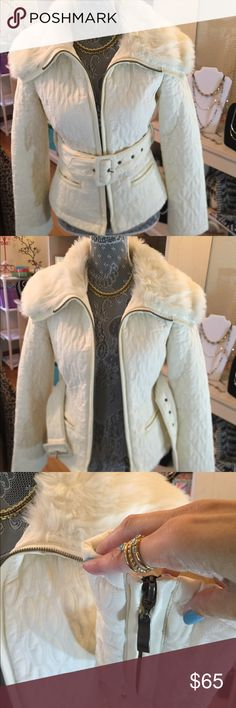 White☃️Bebe Winter Jacket! White Bebe Winter Jacket w fur lined collar, zipper detail on arms, size small, runs like an XS size, like new. Now on Sale! Price has just dropped 10%! Get your Bebe jacket today! Bebe 2b Jackets & Coats Puffers