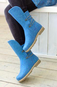 Hoka Women S Shoes Clearance Felt Boots, Wool Shoes, Agatha, Shoe Boots, Heeled Boots, Felted Slippers, Shoe Pattern, How To Make Shoes, Clearance Shoes