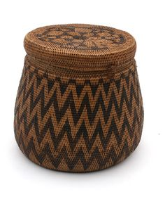 Africa | Lidded basket, Rotse from the Lozi people of Zambia | ca. 20th century