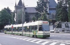 Trams de Berne (Suisse) | Photo: Trams aux Fils. (Interdicti… | Flickr Europe Centrale, Swiss Railways, Trains, Photos, Lisbon, Germany, Italy, Switzerland, Pictures