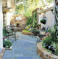 Patio Tour: Classic courtyard with pond and fountain