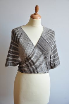 Ravelry: Rockefeller pattern by Stephen West, Idea for ballet top with bias striped front wraps Shawl Patterns, Crochet Patterns, Handgestrickte Pullover, Yarn Inspiration, I Cord, Knitted Shawls, Long Scarf, Knitting Designs, Shawls And Wraps