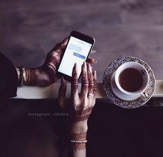 I am a servant of Allah (SWT) Muslimah, dreamer, Londoner. On a journey of making abayas. owner of Barakah Hand Mehndi, Mehndi Art, Henna Art, Hand Photography, Tumblr Photography, Cute Wallpaper Backgrounds, Cute Wallpapers, Mehendi, Beautiful Tattoos