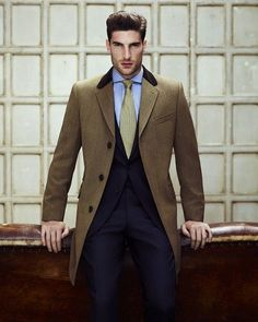 Everybody loves Suits : Such a great color scheme. Simple and stylish. For...