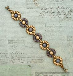 Linda's Crafty Inspirations: Bracelet of the Day: Roulette - Elderberry & Gold