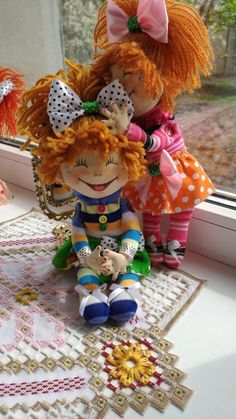 Hand-Crafted Dolls - Smileys Handmade Valentine Gifts, Valentine Day Gifts, Valentines, Seed Bead Jewelry, Seed Beads, Beaded Jewelry, Make Smile, Smileys, Face Masks