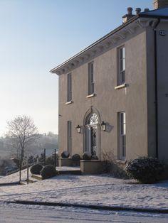"""Neo-Georgian country house set in an idyllic Irish land. Architecture Ireland, Georgian Architecture, Georgian Doors, Georgian House, House Outside Design, House Design, Exterior Masonry Paint, House Cladding, Colonial"