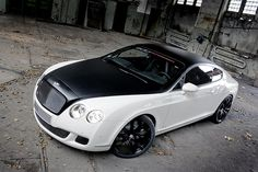 White Bentley Continental GT. Luxury, amazing, fast, dream, beautiful,awesome, expensive, exclusive car. Coche blanco lujoso, increible, rápido, guapo, fantástico, caro, exclusivo.