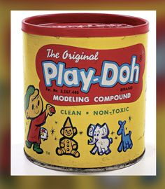 The scent of Play-Doh can evoke memories like almost nothing else can . Play-Doh - a fun little mini-history Play Doh, Childhood Toys, My Childhood Memories, Sweet Memories, Early Childhood, Vintage Fisher Price, Peter Et Sloane, Retro Toys, 1960s Toys