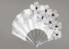 fleurs oie et coq, éventail de Sylvain Le Guen