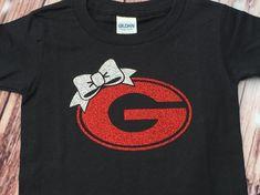 Georgia Bulldogs Shirt / Girls Bulldog Shirt / UGA Shirt / University of Georgia Shirt / Georgia Bulldogs / Football Shirt / Go Dawgs Georgia Bulldogs T Shirts, Georgia Shirt, Georgia Bulldogs Football, Vinyl Shirts, Custom Shirts, Tee Shirts, Baby Girl Shirts, Shirts For Girls, Twin Outfits