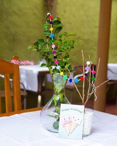 Festinha caseira, com detalhes Faça Você Mesmo da @amomooui. Muito verde, cor e alegria para comemorar 1 ano da Laurinha. Produtos de festa @mimootoysndolls e @parangole. #festainfantil #festa1ano #festa #festinha #party #kidsparty #decor #children #criança #bebê #baby #ideas #diy #inspiração #amomooui #mooui #details #detalhes