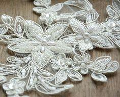 Lace Applique Ivory Bridal lace Motif Corded Lace by LaceNTrim