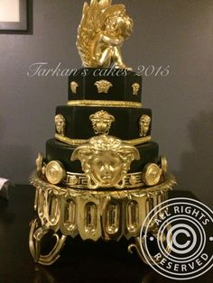 versace cake - this cake is unreal i cant belive someone made this!!