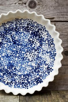 """Blue and white pie dish, perfect for long lunches and outdoor entertaining.Stoneware.  9.5"""" dia. x 1.3"""" high  **Microwave, oven and dishwasher safe, although"""