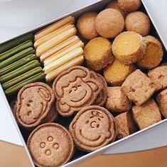 No Bake Cookies, Cookies Et Biscuits, Yummy Cookies, Cake Cookies, Cookie Gift Boxes, Cookie Gifts, Cookie Display, Kawaii Cookies, Homemade Sushi