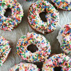 Funfetti Cake Donuts via @tasteandtell #donuts #Funfetti #sweet