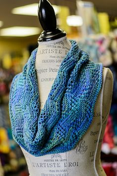 This pattern was available at Double Ewe Yarn Shop during the 2016 Minnesota Yarn Shop Hop, April 7-10. After the Hop, the pattern will be available free for a short time as a downloadable pattern.