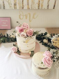 Flower naked cake flower birthday birthday - First Birthday Girl 1st Birthday Cake For Girls, Birthday Cake With Flowers, Birthday Cake Smash, First Birthday Cakes, Baby Birthday, Birthday Ideas, Smash Cake Girl, Cake Flowers, Birthday Photos