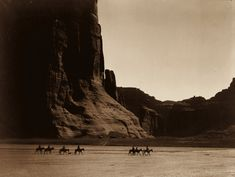 c1904 - A group of Navajo in the Canyon de Chelly, Arizona.  IMAGE: EDWARD S. CURTIS/LIBRARY OF CONGRESS